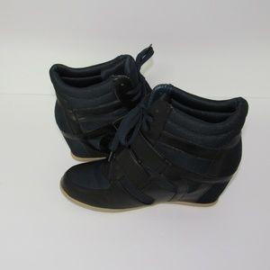 Liliana Platform Sneaker Shoe Navy Blue Women's